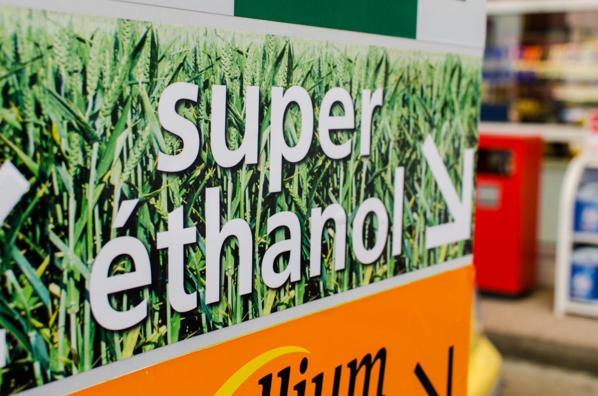 station-superethanol-e85-total-marseille